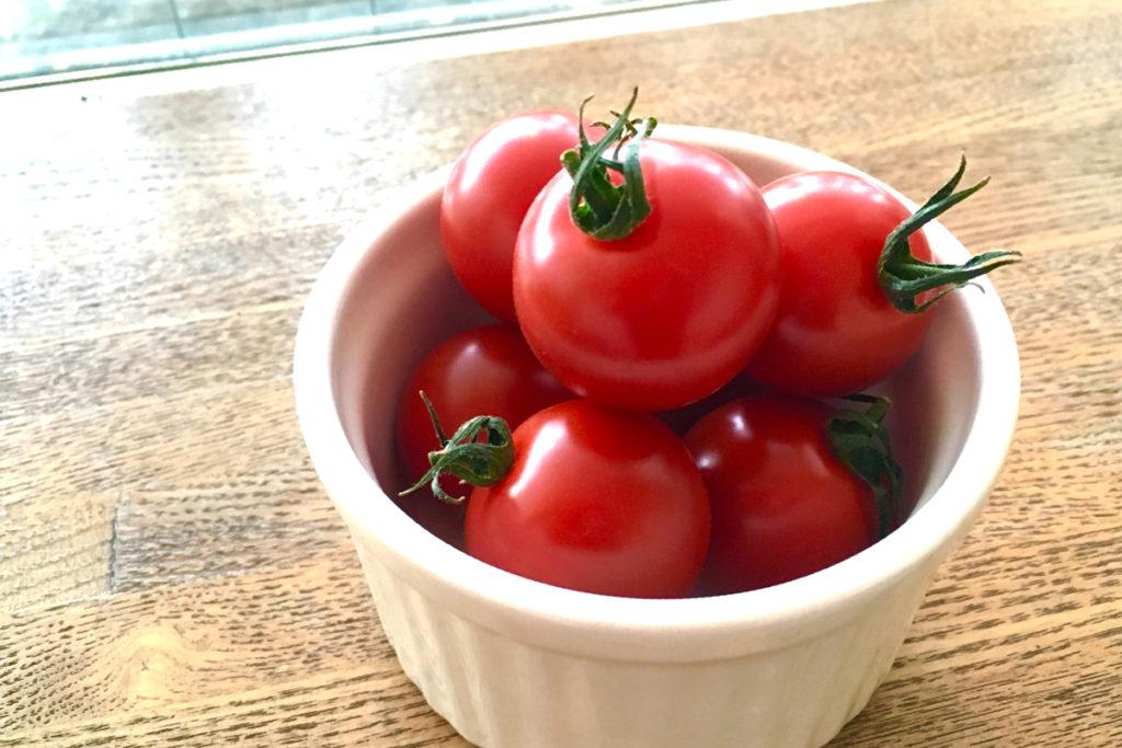 oisix(オイシックス) お試しセットの中身 あめトマト
